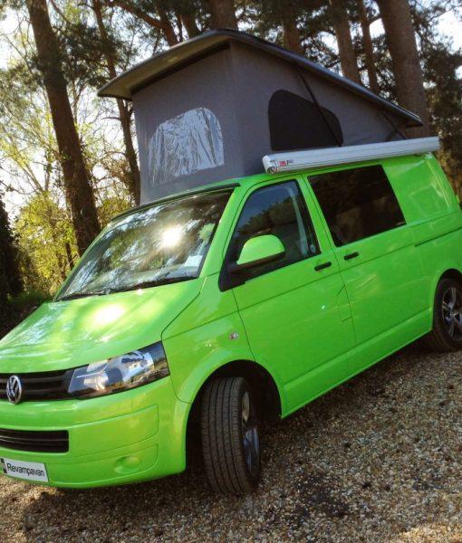 Reimo-Roof-green-van