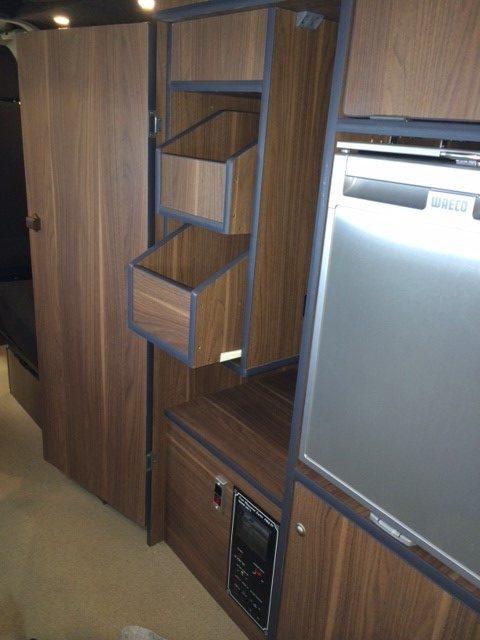 drawers e